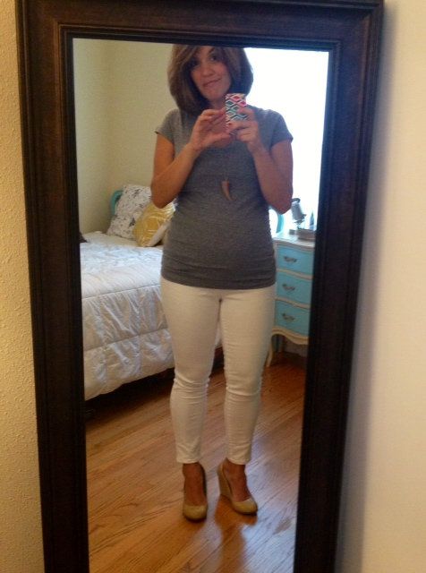 target maternity jeans, old navy maternity top, danny hart design necklace