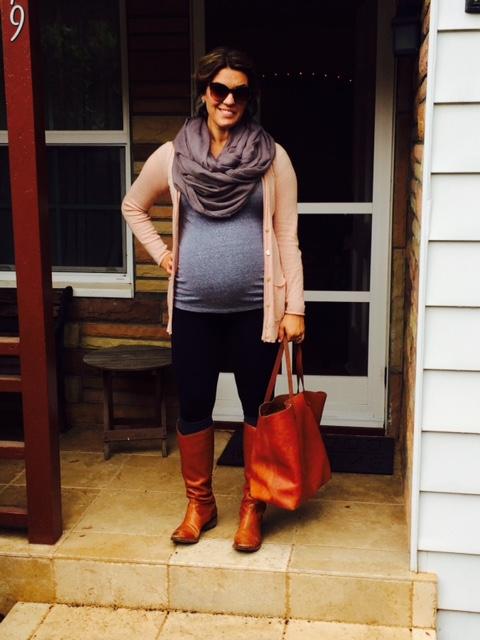 Cozy fall maternity